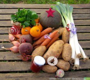 Panier à 30€ (exemple)  :  1 kg de carottes, 1 kg de poireaux, 300g de mâche, 3 kg de patates, 250 g d'échalotes, 500g de betteraves crues, 1 potimarron moyen, 4 pommes d'or, 1 petit pot de confiture.